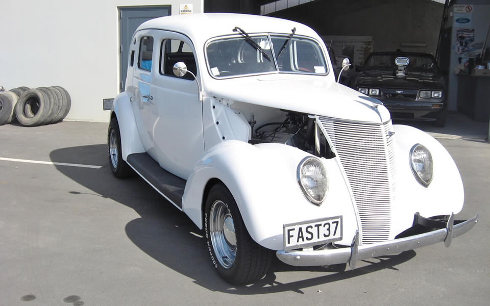 1937 Ford Flatback